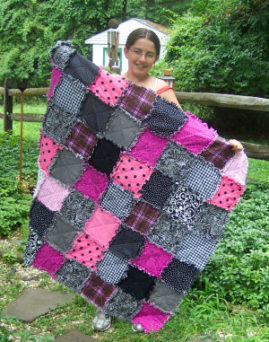 What a beautiful hand-sewn RAGGEDY Quilt!