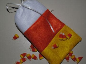 How to Make a Felt Candy Corn Mini Treat Bag