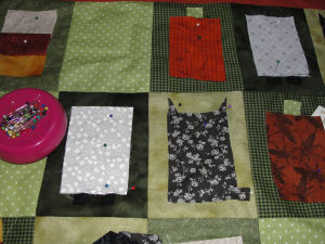 A handmade, comfy Halloween quilt that is easy to sew with a free tutorial