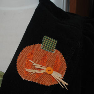 How to Make a Fabric Pumpkin Lapel Pin